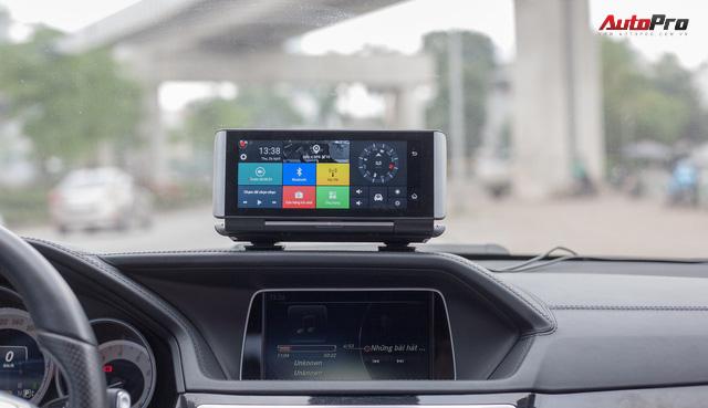 Hãy quên việc lắp màn hình trên ô tô đi, loại camera hành trình này sẽ là lựa chọn thay thế đáng cân nhắc - Ảnh 1.