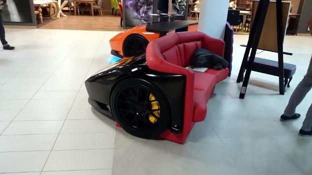 Khi bạn mê siêu xe Lamborghini nhưng chỉ đủ tiền mua ghế - Ảnh 4.