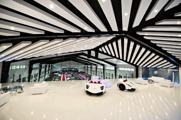 Khi bạn mê siêu xe Lamborghini nhưng chỉ đủ tiền mua ghế - Ảnh 1.