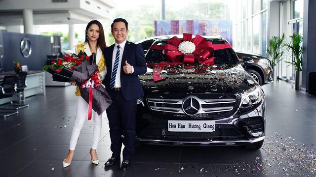 Hoa hậu Hương Giang mua Mercedes-Benz GLC 300 - Ảnh 1.