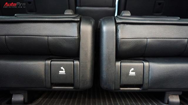 Giữ giá như Toyota Land Cruiser: Đi 3 năm vẫn bán được gần 5 tỷ đồng - Ảnh 6.
