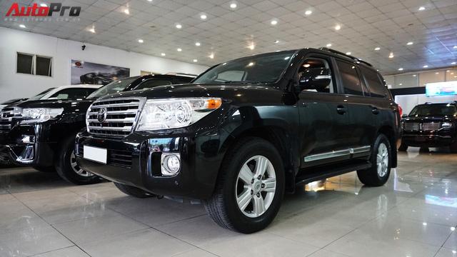 Giữ giá như Toyota Land Cruiser: Đi 3 năm vẫn bán được gần 5 tỷ đồng - Ảnh 21.
