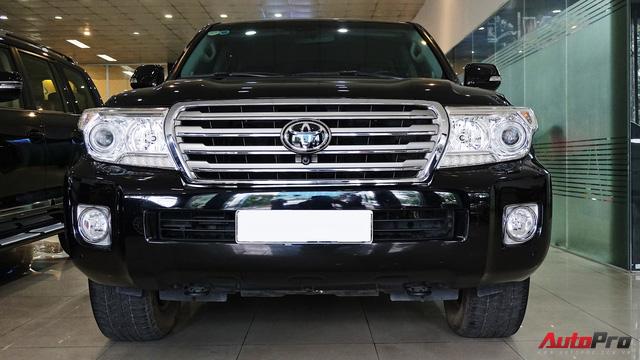 Giữ giá như Toyota Land Cruiser: Đi 3 năm vẫn bán được gần 5 tỷ đồng - Ảnh 1.