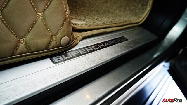 Range Rover Supercharged có giá chưa tới 2 tỷ đồng sau 4 vạn km - Ảnh 5.