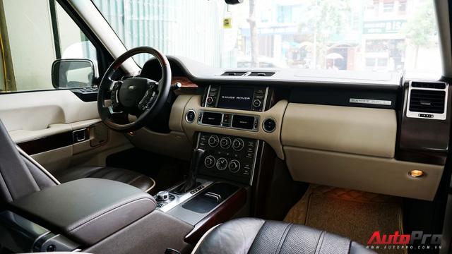Range Rover Supercharged có giá chưa tới 2 tỷ đồng sau 4 vạn km - Ảnh 6.
