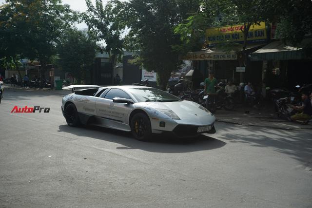 """Dàn siêu xe hàng độc của ông chủ Trung Nguyên """"nhá hàng"""" trên phố Sài Gòn trước roadshow - Ảnh 1."""