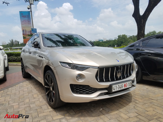 Offline kiểu đại gia: Mang dàn xe sang Maserati đi thưởng trà tại Sài Gòn - Ảnh 6.
