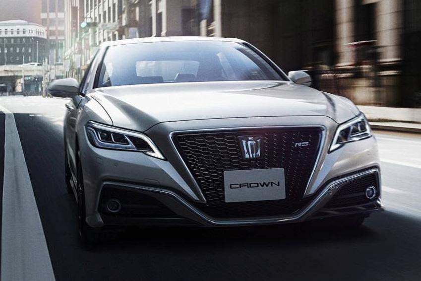 Crown - Nỗ lực sang hoá bất thành của Toyota