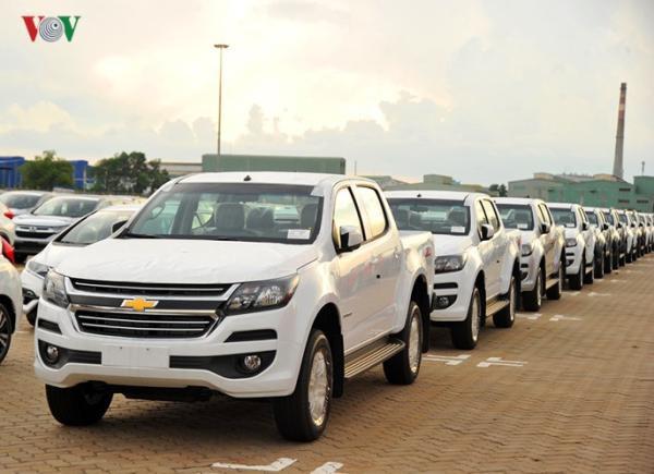 Hình ảnh xe nhập khẩu đỗ thành hàng dài ở cảng Hiệp Phước tại TP HCM - Ảnh 15.