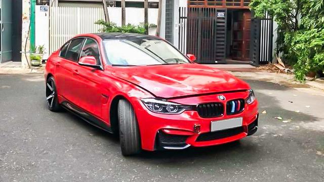 Sau khi độ full bài, chủ xe bất ngờ bán lại BMW 320i LCi 2015 với giá 1,2 tỷ đồng - Ảnh 1.