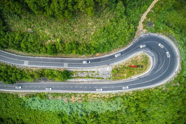 Từ Honda Wave tới Range Rover: 27 ngày xuyên Việt trên Hành trình từ trái tim diễn ra như thế nào? - Ảnh 13.