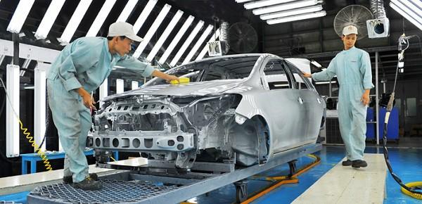 Từ bỏ lắp ráp có phải là hướng đi đúng của các liên doanh ô tô? - Ảnh 1.