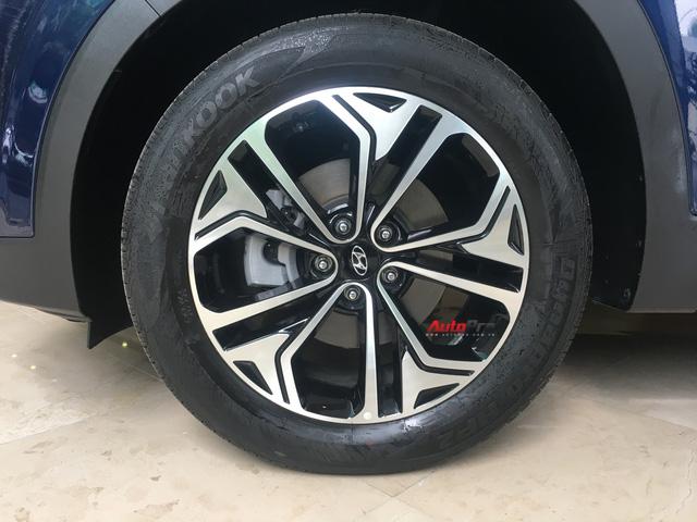 Ảnh chi tiết Hyundai Santa Fe 2019 tại Hà Nội trước ngày ra mắt - Ảnh 7.
