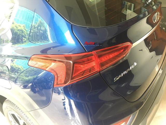 Ảnh chi tiết Hyundai Santa Fe 2019 tại Hà Nội trước ngày ra mắt - Ảnh 6.