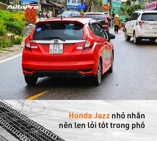 Bí quyết đi đường dài chỉ tốn 3,6L/100km với xe con và 6,1L/100km với xe 7 chỗ tại Việt Nam - Ảnh 14.