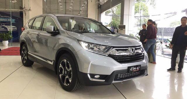 Giá xe Honda CR-V 2018 cao hơn dự kiến: Người trong cuộc nói gì? - Ảnh 1.