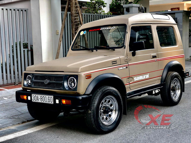 Hàng hiếm Suzuki Samurai 1993 giá gần 300 triệu ở Hà Nội - Ảnh 2.