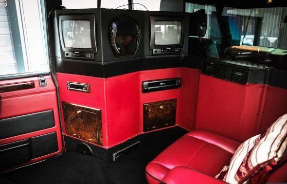 Xe cũ của Quốc vương Brunei rao bán giá rẻ, hơn 700 triệu - Ảnh 3.