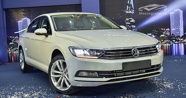 Xe sang Đức giảm giá kỷ lục, thị trường ô tô Việt chạm đáy mới - Ảnh 4.