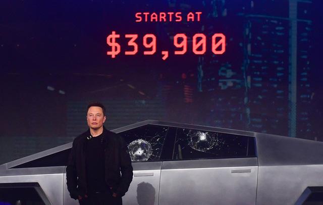 BMW cà khịa Tesla Cybertruck sau màn biểu diễn chống đạn thảm họa trong ngày ra mắt - Ảnh 1.
