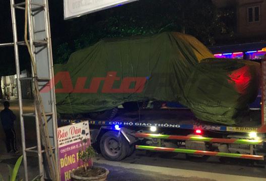 Mercedes-AMG G63 6x6 trên đường vận chuyển về Hà Nội - cực phẩm bí ẩn tại Việt Nam - Ảnh 1.
