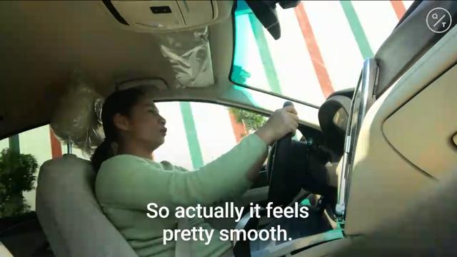 Phóng viên Bloomberg nhận định gì khi thử xe VinFast?  - Ảnh 3.