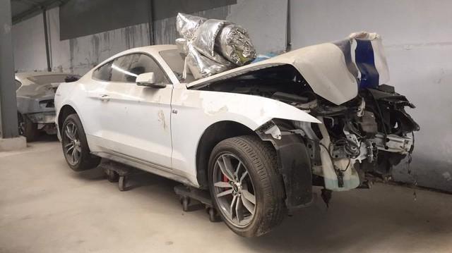 Ford Mustang từng nát đầu tại Huế tái xuất với diện mạo mới đến ngỡ ngàng - Ảnh 1.