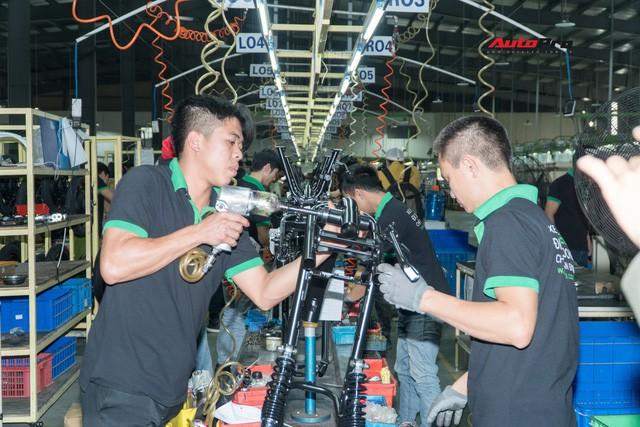 Nhân viên nhà máy Pega mỗi ngày sản xuất hàng trăm xe điện: Tôi vẫn chạy xe máy đi làm - Ảnh 9.
