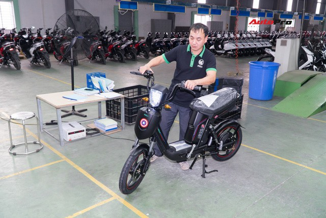 Nhân viên nhà máy Pega mỗi ngày sản xuất hàng trăm xe điện: Tôi vẫn chạy xe máy đi làm - Ảnh 10.