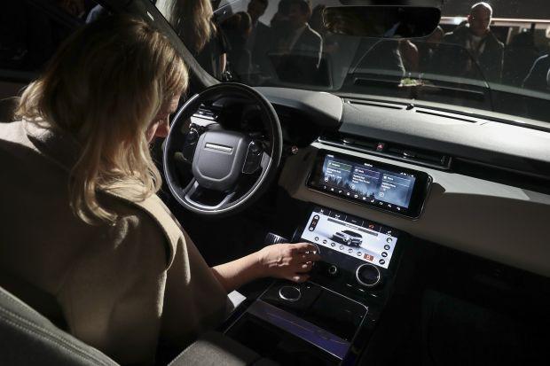 Càng hiện đại càng hại điện: Càng nhiều công nghệ, xe càng thiếu đi sự tin cậy vốn có - Ảnh 1.
