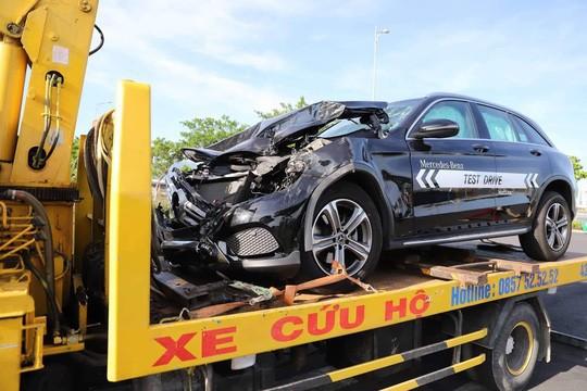 Nam thanh niên lái Mercedes chạy thử gây tai nạn liên hoàn - Ảnh 1.
