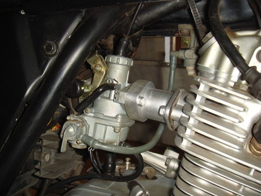 Nhận diện bệnh của xe máy qua màu khói và tiếng kêu của ống pô - Ảnh 4.