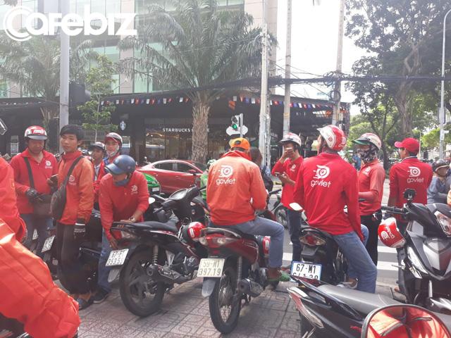 """Hàng trăm tài xế đình công phản đối chính sách của Go-Việt: """"Chúng tôi làm 17-18h/ngày cũng không đủ điểm để đạt mức thưởng đưa ra"""" - Ảnh 3."""