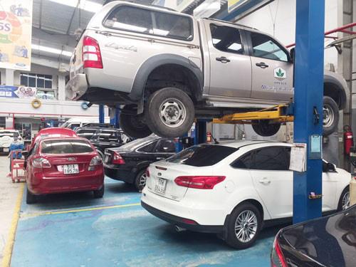 Phí bảo dưỡng ô tô cao chót vót  - Ảnh 1.
