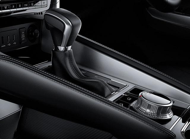 Chi tiết Mitsubishi Pajero Sport 2020 sắp về Việt Nam: Toyota Fortuner cần dè chừng - Ảnh 12.