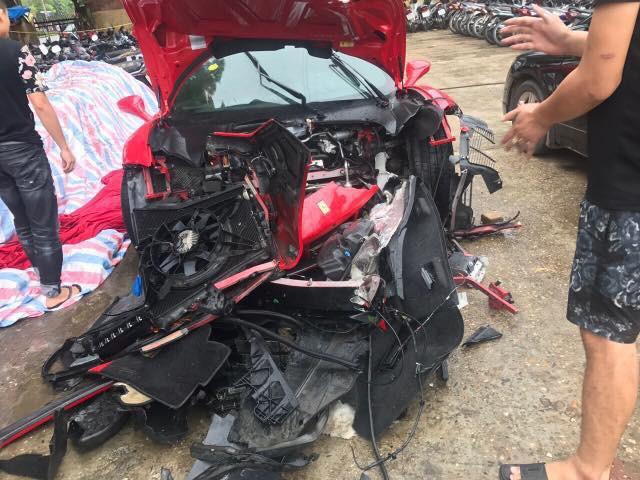 Siêu xe Ferrari 488 GTB của Tuấn Hưng hồi sinh gần như hoàn toàn sau tai nạn, sẵn sàng lăn bánh ra phố - Ảnh 3.