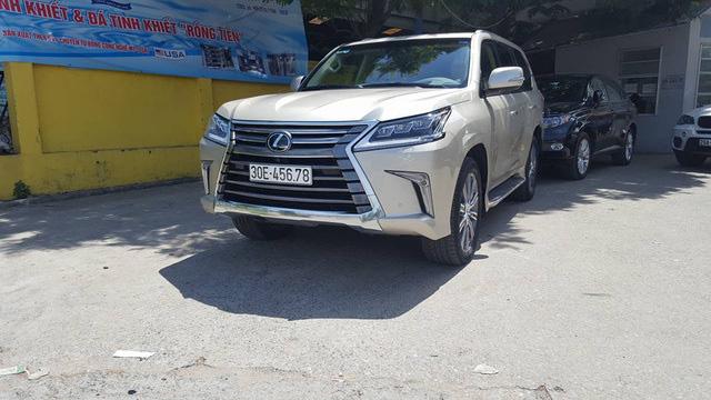 Loạt ô tô sang biển số sảnh cực chất của đại gia Việt - Ảnh 3.