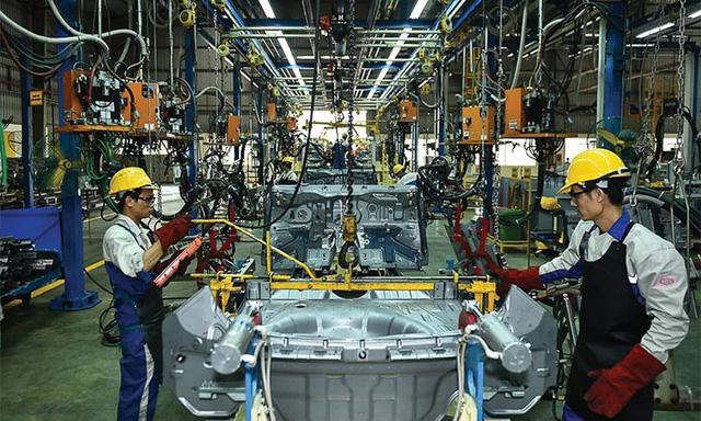 Chuyên gia Thái Lan chỉ ra chiến lược khôn ngoan để công nghiệp ô tô Việt Nam cạnh tranh trong khu vực và đường đi của VinFast - Ảnh 2.