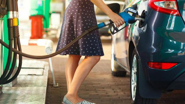 7 mẹo đổ xăng vừa tiết kiệm vừa tránh gian lận bạn cần luôn ghi nhớ - Ảnh 1.