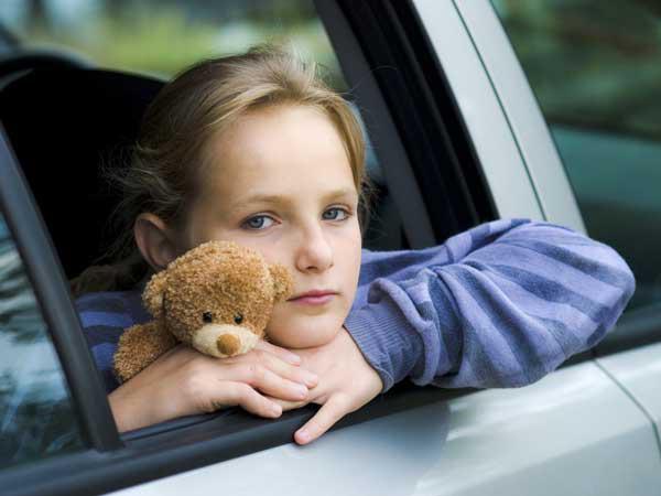 Mẹo hay giúp trẻ khỏi say xe trong chuyến đi xa - Ảnh 1.