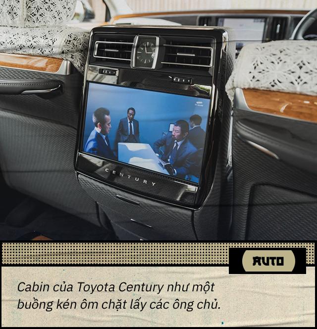 Đánh giá Toyota Century khi hết ga, hết số với 1 bình xăng: Đây không phải 'Rolls-Royce của người Nhật' - Ảnh 5.