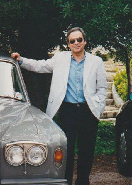 Bộ sưu tập xe cổ quý hiếm của Anh rao giá 72 tỷ - Ảnh 1.