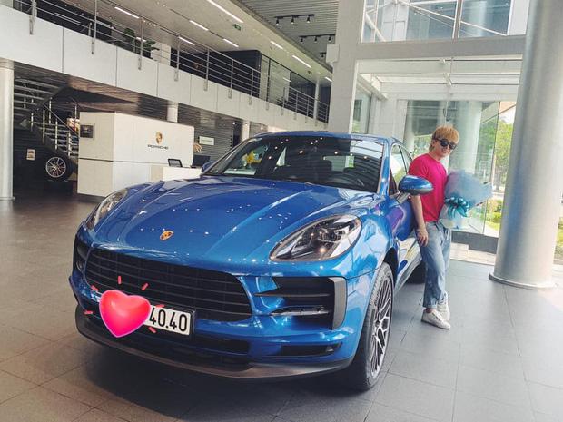 Chi Dân khoe Porsche bạc tỷ mới tậu, Bình An, S.T Sơn Thạch cùng dàn sao Việt trầm trồ - Ảnh 3.