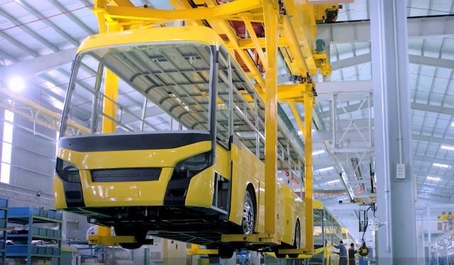 Xuất khẩu ô tô, DN Việt ôm khát vọng lớn - Ảnh 1.