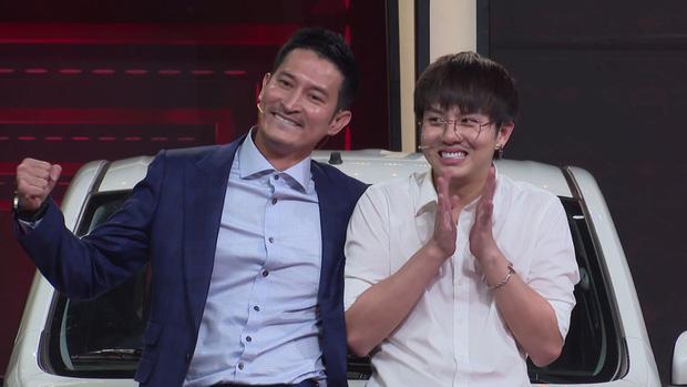 Duy Khánh - Huy Khánh trúng xe Suzuki gần nửa tỷ đồng trên gameshow - Ảnh 1.