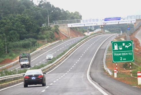 Bí quyết giúp lái xe đường dài an toàn ngày Tết - Ảnh 3.