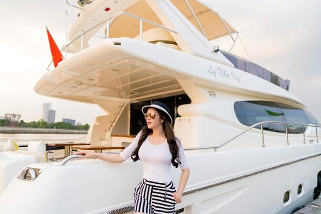 Nhìn lại những du thuyền lên tới vài triệu đô đắt giá của giới doanh nhân Việt, có chiếc lên tới cả trăm tỉ khiến dân tình gọi luôn biệt thự trên biển - Ảnh 12.
