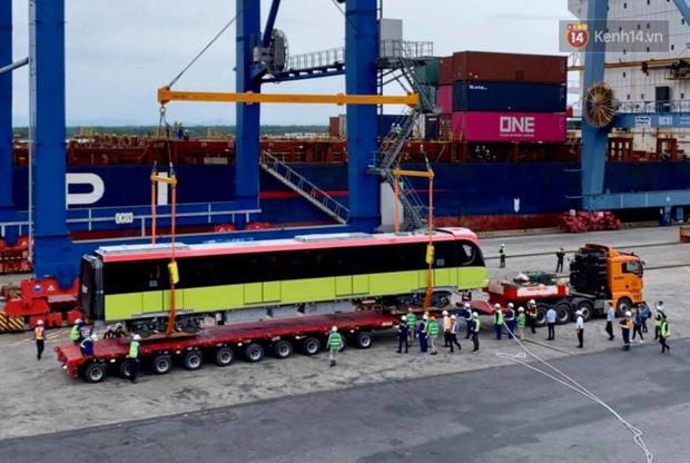 Đoàn tàu đầu tiên dự án metro Nhổn - Ga Hà Nội về đến Việt Nam - Ảnh 10.