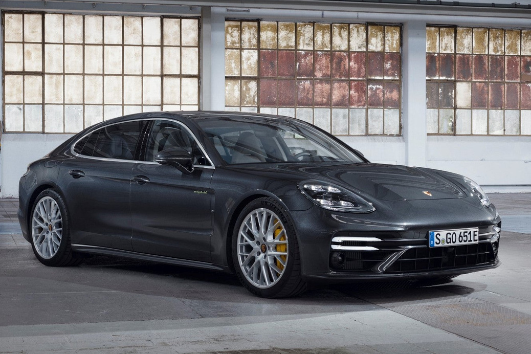Porsche Panamera nâng cấp cho fan tốc độ: Tăng tốc 0-100 km/h trong 3 giây như siêu xe