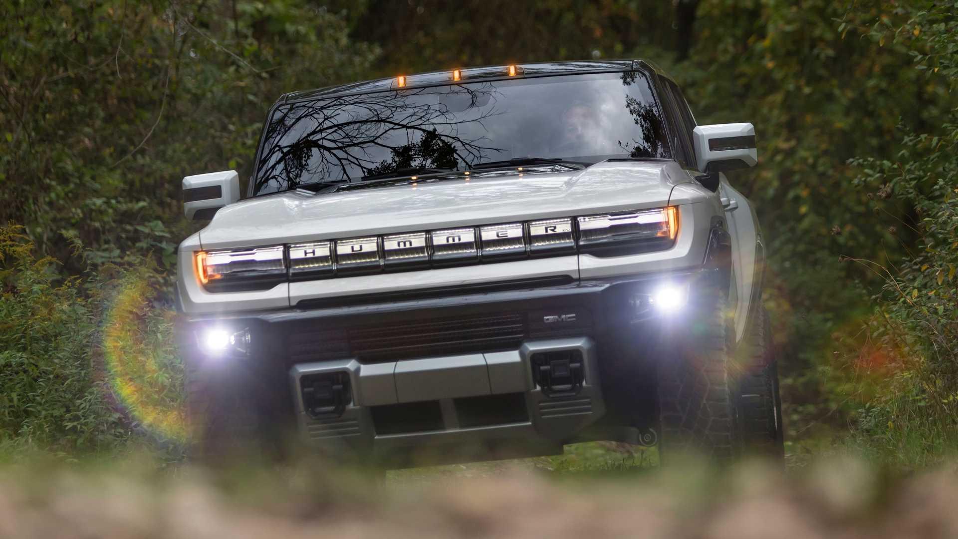 GMC Hummer EV sắp gia nhập